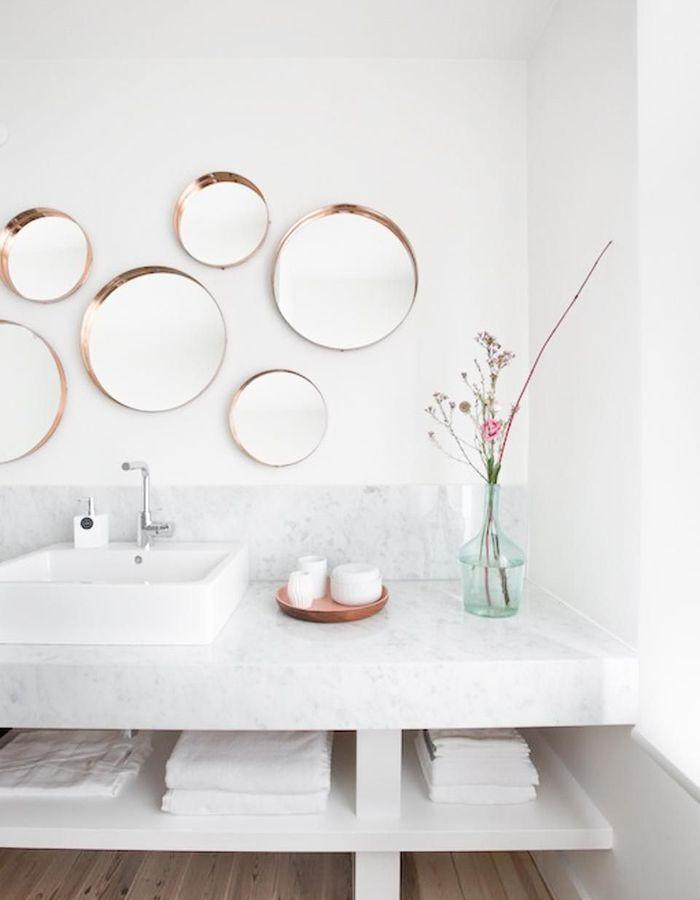 Le miroir rond multiplié pour jouer sur la tendance de l'accumulation