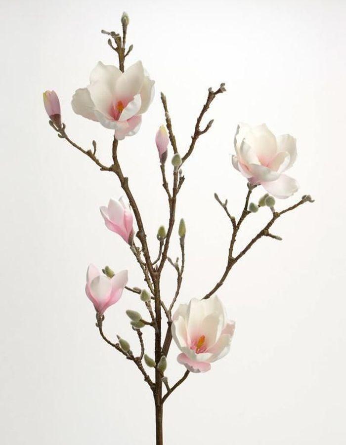 Une fleur artificielle romantique