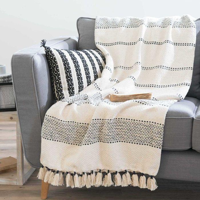 plaid d 39 t notre s lection coup de coeur elle d coration. Black Bedroom Furniture Sets. Home Design Ideas