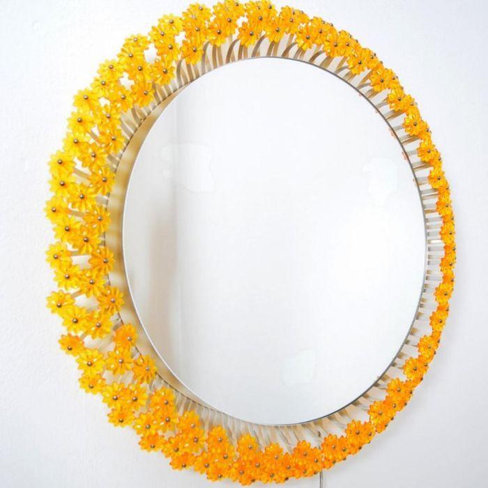 Miroir Lumineux Fleur Jaune par Emil Stejnar pour Rupert Nikoll, 1960s