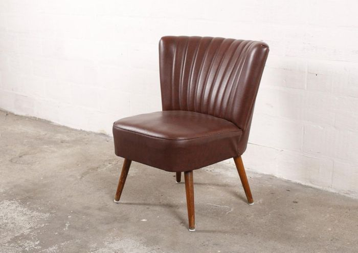 chaise cocktail burgundy on veut 3 une pi ce design pour no l elle d coration. Black Bedroom Furniture Sets. Home Design Ideas