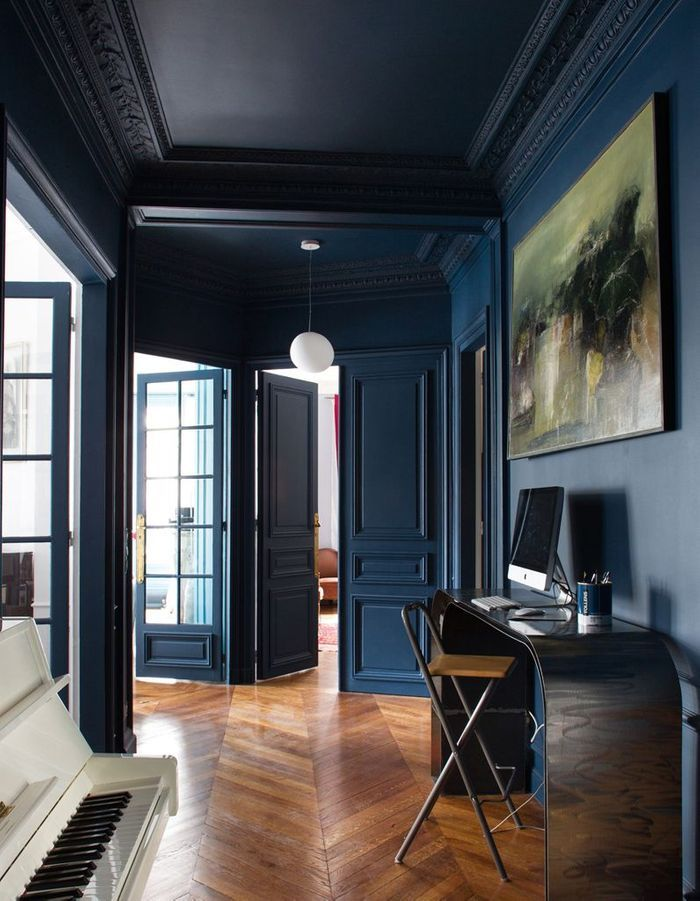 le bleu marine d barque dans la maison elle d coration. Black Bedroom Furniture Sets. Home Design Ideas