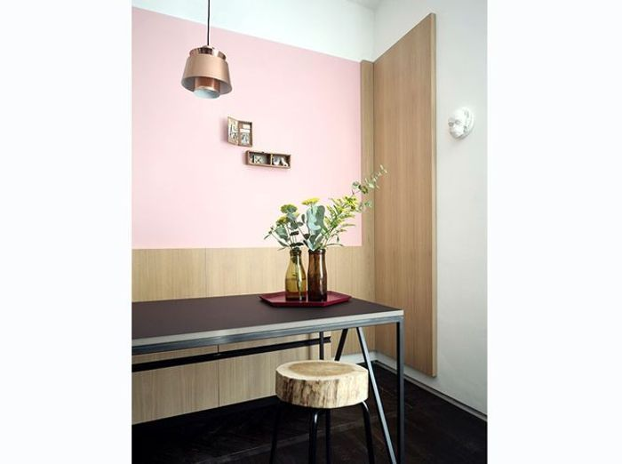 Coin repas rose au look architectural
