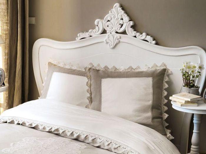 15 t tes de lit pour tous les styles elle d coration. Black Bedroom Furniture Sets. Home Design Ideas