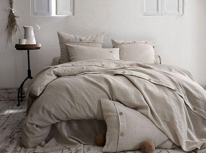 chambre avec vue sur les champs elle d coration. Black Bedroom Furniture Sets. Home Design Ideas