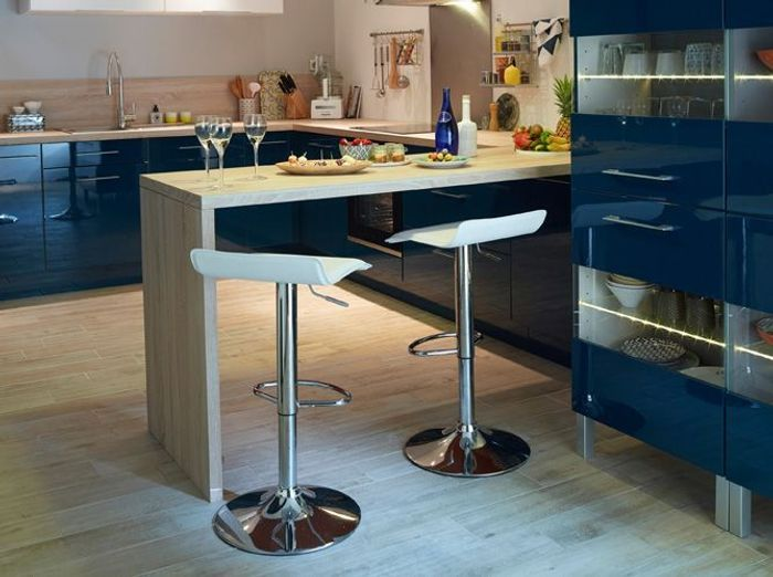 modele cuisine avec bar avec des id es. Black Bedroom Furniture Sets. Home Design Ideas
