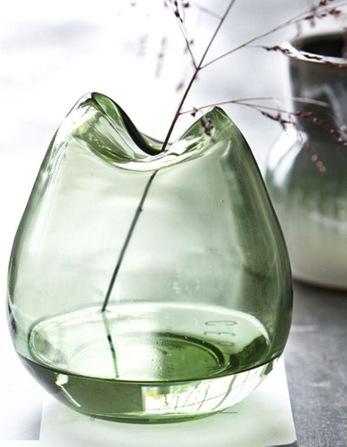 Déco de table pas chère : un vase qui change