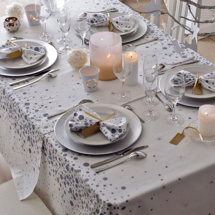 nappe linge de table table elle d coration. Black Bedroom Furniture Sets. Home Design Ideas