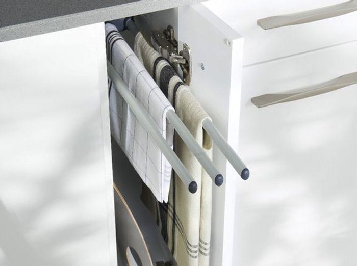 Des placards de cuisine conçus pour accueillir le linge de maison