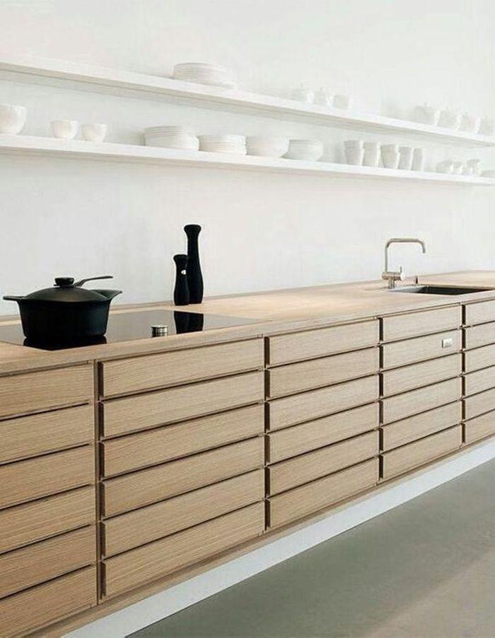 Une cuisine en bois multi rangements