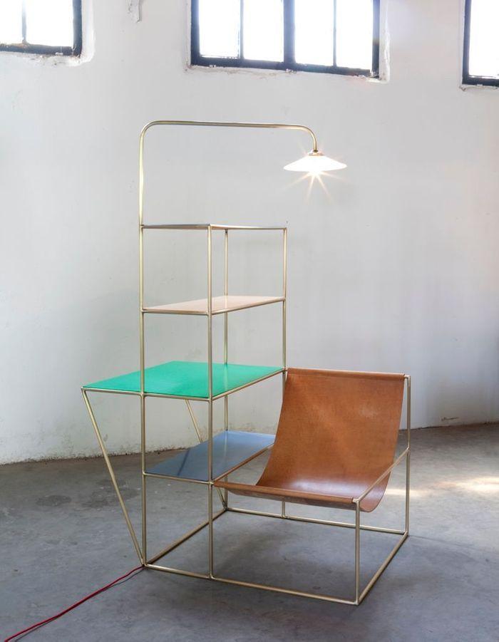 Chaise longue / étagères / luminaire