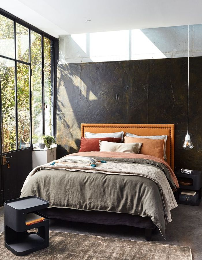 comment am nager une petite chambre elle d coration. Black Bedroom Furniture Sets. Home Design Ideas