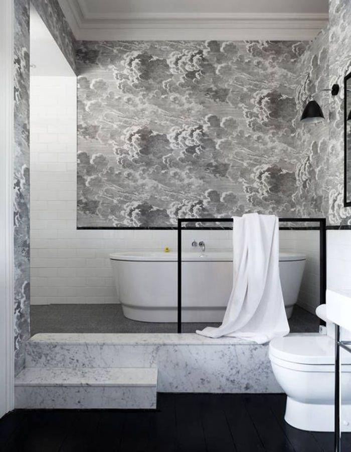 30 id es pour d corer votre salle de bains sans la r nover for Decoration mur salle de bain