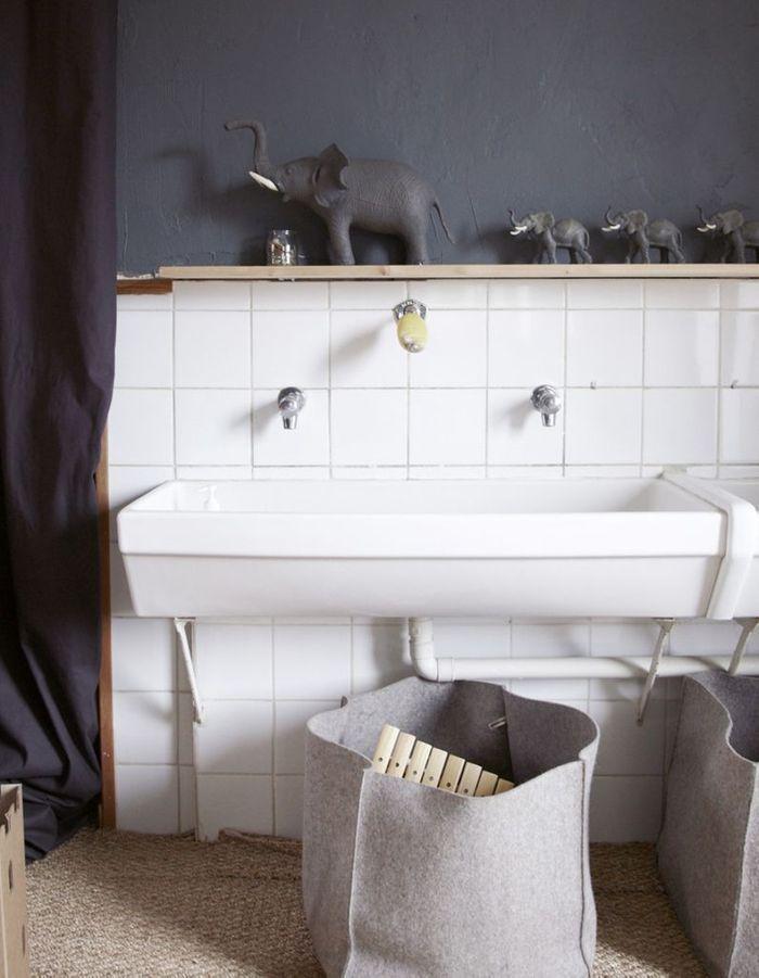 Salle de bains enfant nos inspirations pour une salle de bains sp ciale enfant elle d coration for Elle deco salle de bain