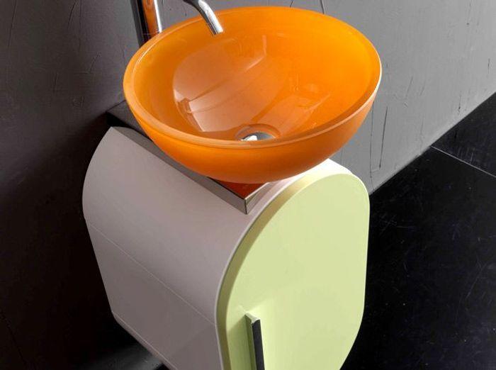 40 meubles pour une petite salle de bains elle d coration for Meuble salle de bain orange