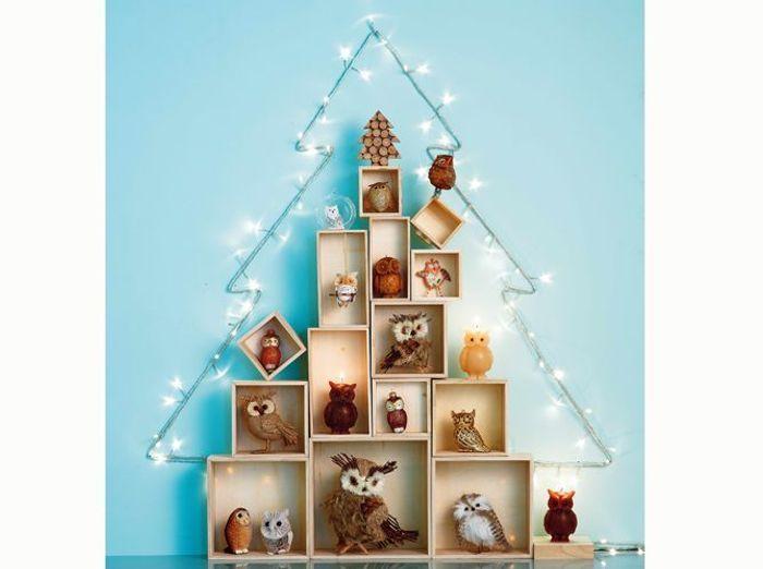 Un Faux Sapin De Noël Pour Une Déco Originale - Elle Décoration
