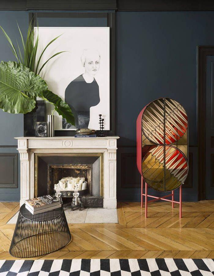 Décorer sa cheminée en variant les couleurs, les styles et les volumes
