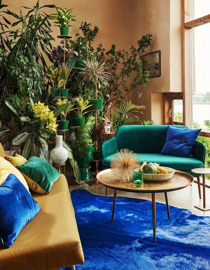 Préférer deux petits canapés plutôt qu'un grand dans un petit salon