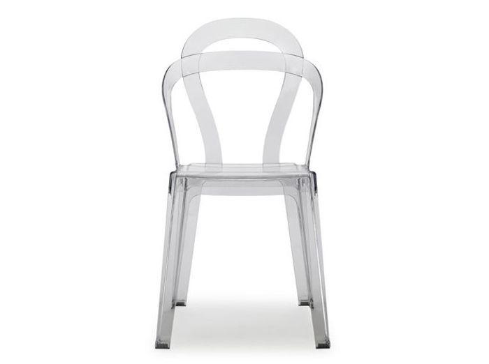 On craque pour les chaises transparentes elle d coration - Chaise kartell transparente ...