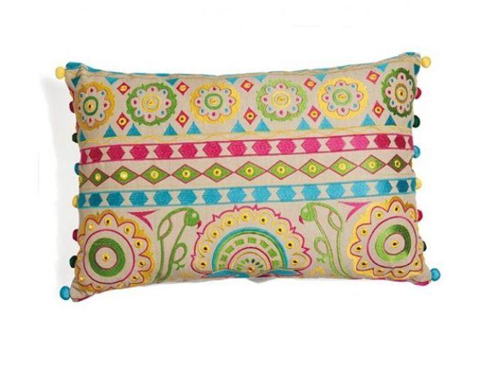 les coussins donnent du style votre canap elle. Black Bedroom Furniture Sets. Home Design Ideas