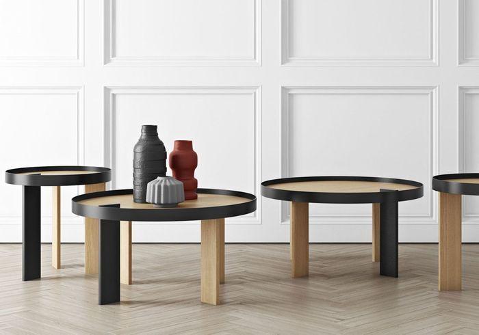 Table basse en bois bicolore