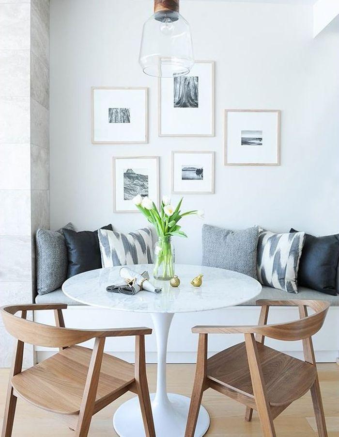 La table Tulipe dans un coin repas scandinave