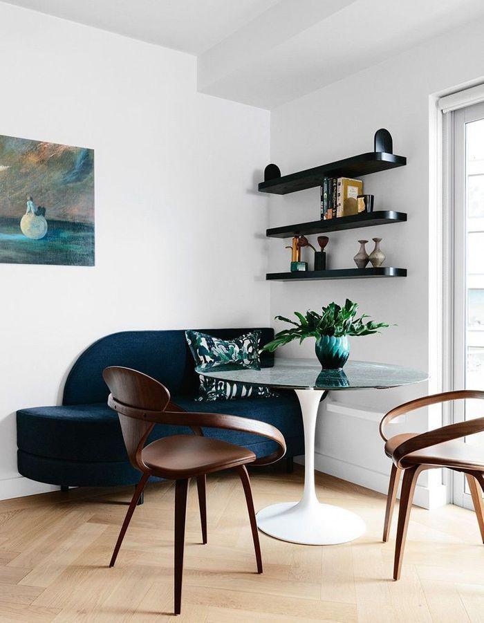 La table Tulipe dans un univers contemporain