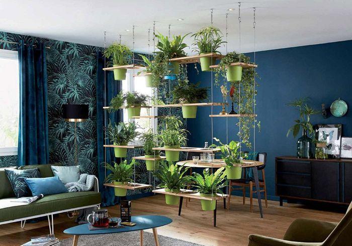 Séparer les espaces via un mur végétal suspendu
