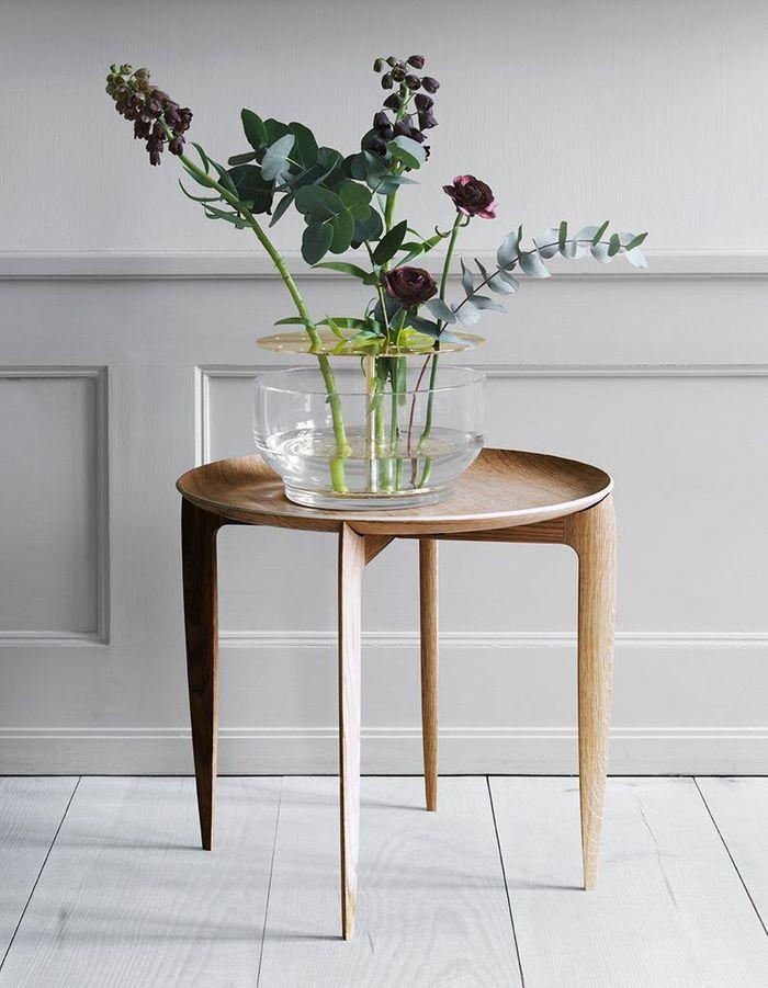 Une décoration végétale via un bouquet de fleurs fraîches sublimé par un vase design