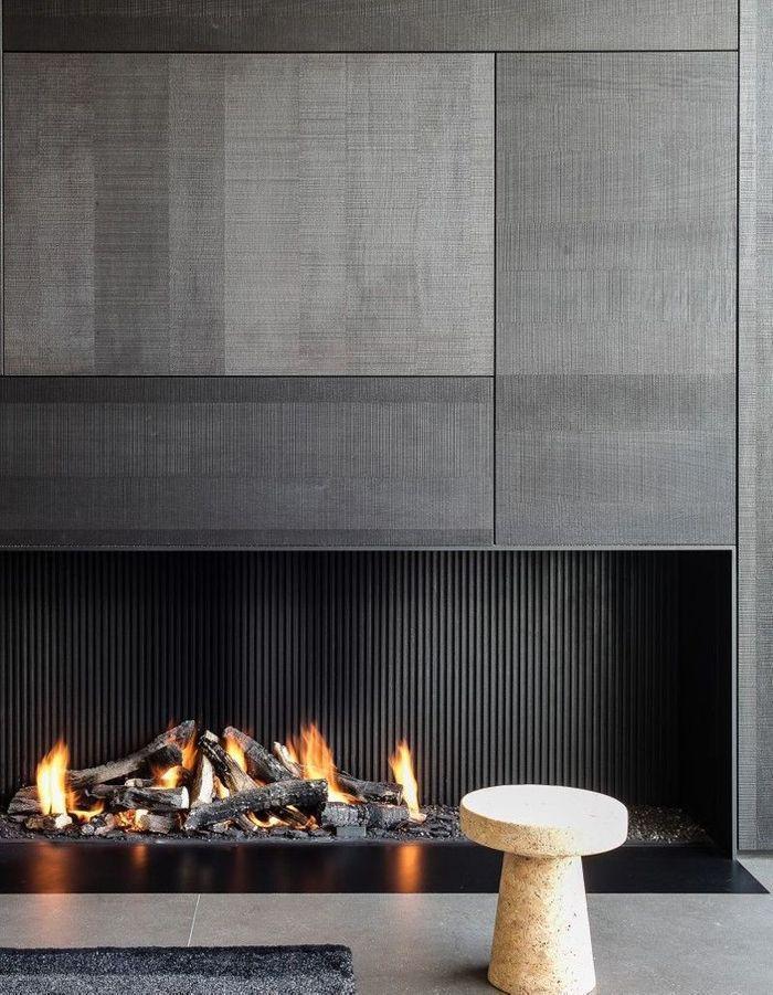 Une cheminée moderne XXL