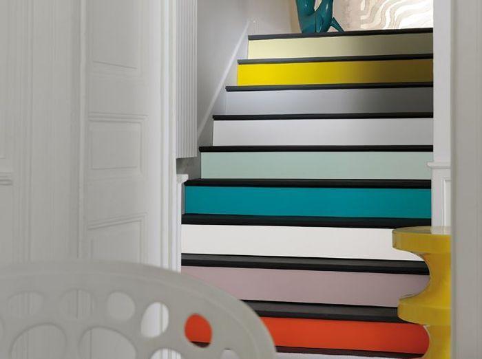 On change tout avec une touche de peinture elle d coration for Peinture marche escalier