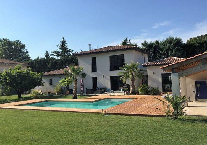 Villa moderne avec piscine à Avignon