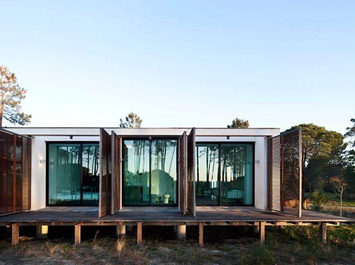 "Villa ""Caetena"" d'architecte dans une forêt de pins, Comporta, Portugal"