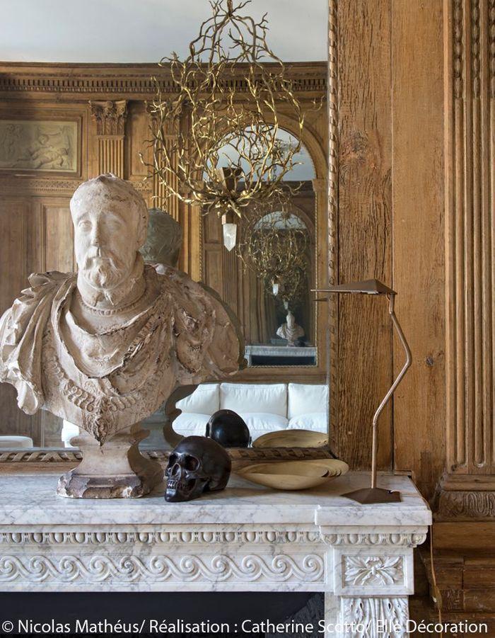 Un buste en plâtre majestueux