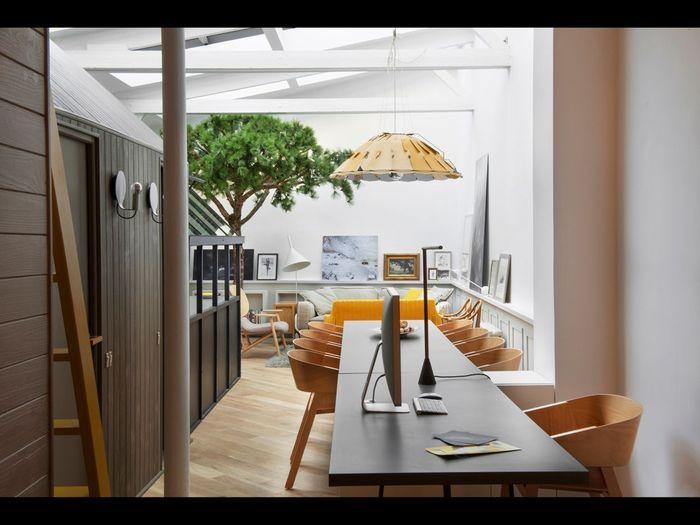 chez gr goire de lafforest un loft qui s 39 inspire de la. Black Bedroom Furniture Sets. Home Design Ideas