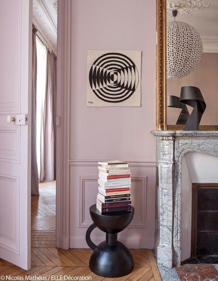 Bleu turquoise et pastel le duo gagnant de cet appart - Duo mobilier design gagnant jangir maddadi ...