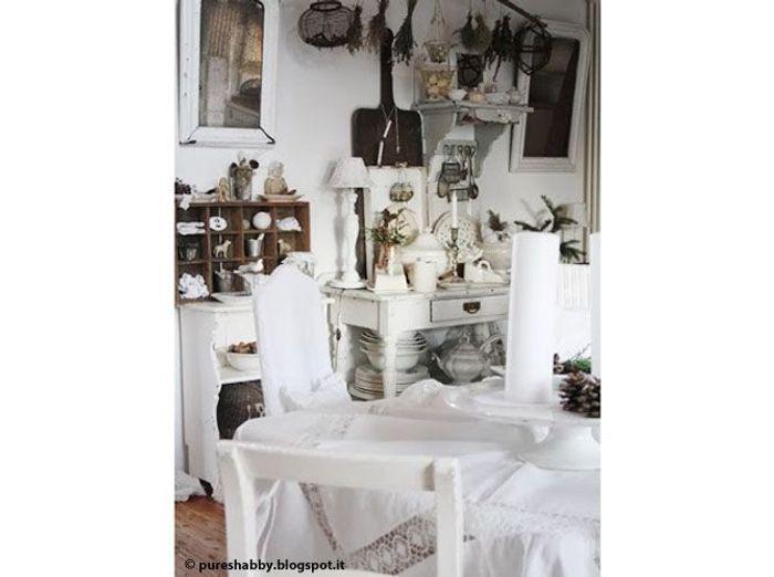 Une maison comme la brocante elle d coration for Salon brocante