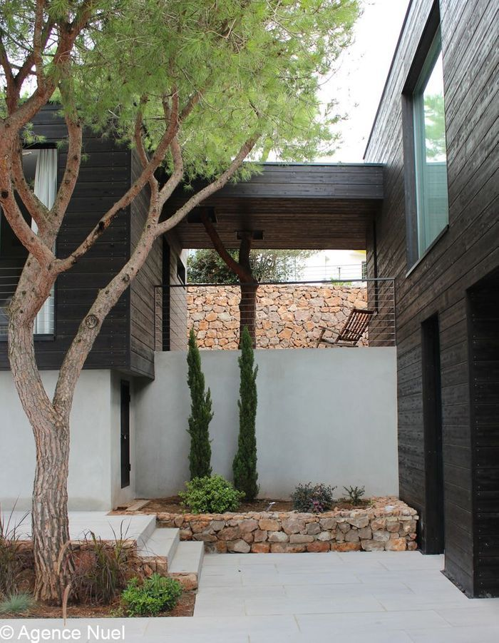 Une Maison Avec Terrasses