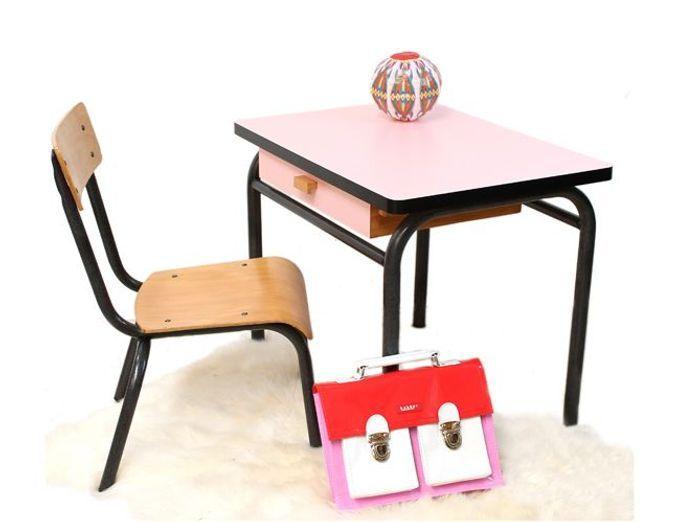 Les pi ces vintage incontournables shopper elle d coration - Petit bureau ecolier en bois ...