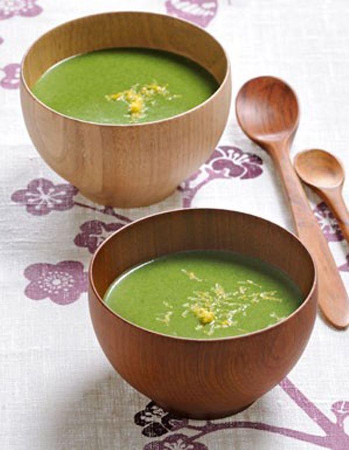 soupe de fanes de radis 50 recettes pour se mettre au vert elle table. Black Bedroom Furniture Sets. Home Design Ideas