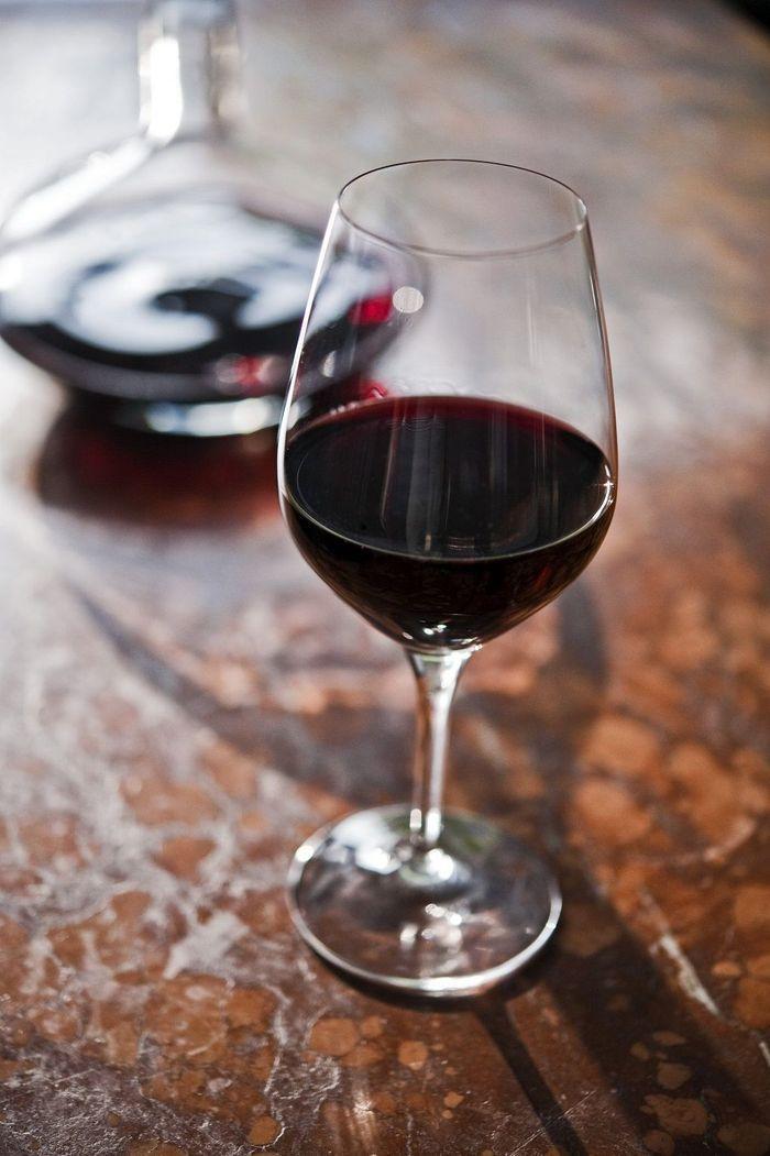 combien de calories dans le vin rouge 10 combien de calories pour chaque alcool on vous dit. Black Bedroom Furniture Sets. Home Design Ideas