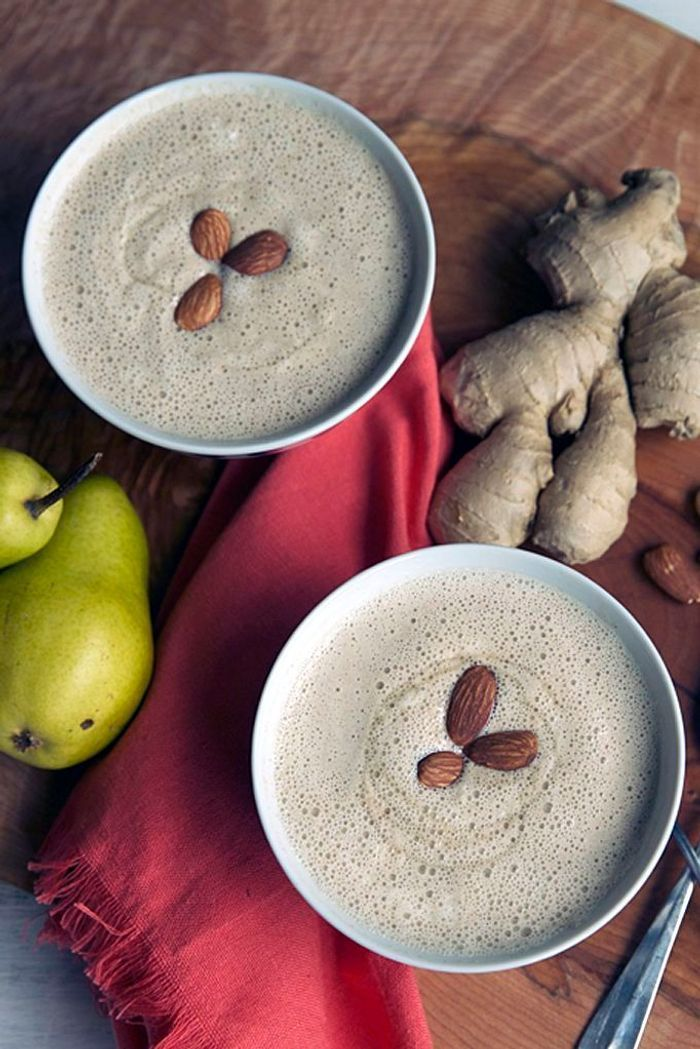Smoothie chaud poire gingembre