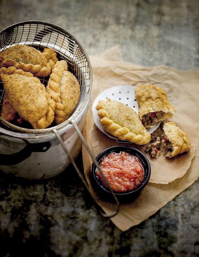 Empanadas la viande 4 recettes qui donnent envie de partir en argentine elle table - Recette de cuisine argentine ...
