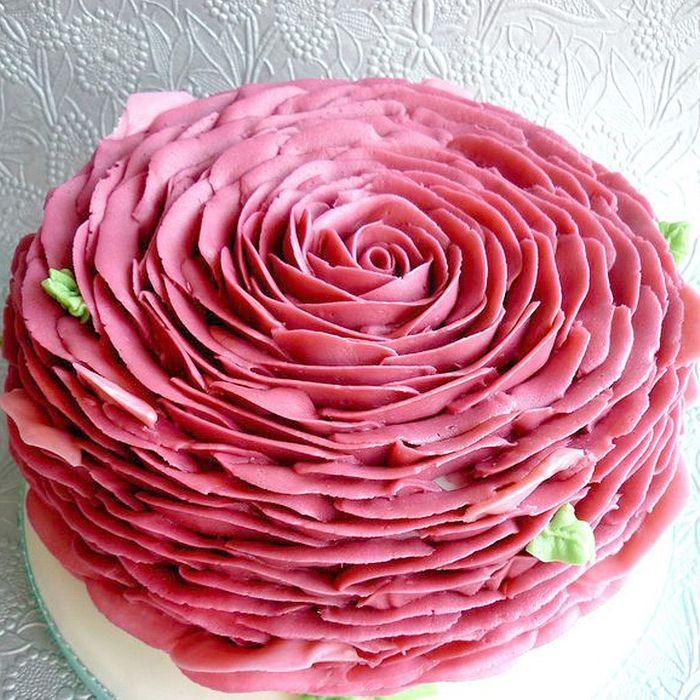 Rose cake en pâte à sucre