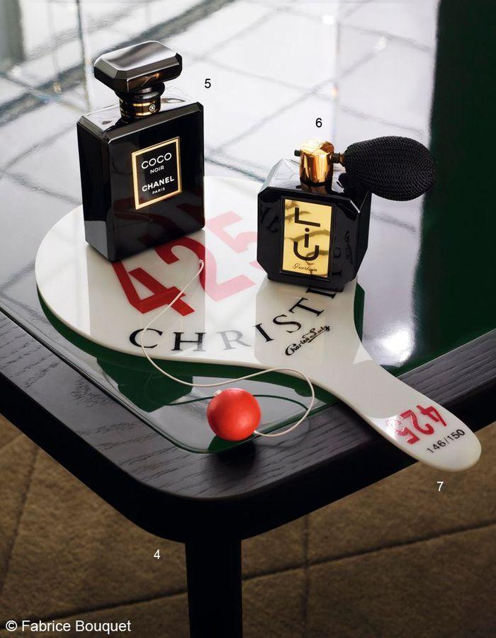 parfum coco noir chanel a chaque tribu ses cadeaux de no l elle. Black Bedroom Furniture Sets. Home Design Ideas