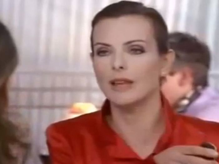 Carole Bouquet Dans 171 Sex And The City 187 Quand Les Stars