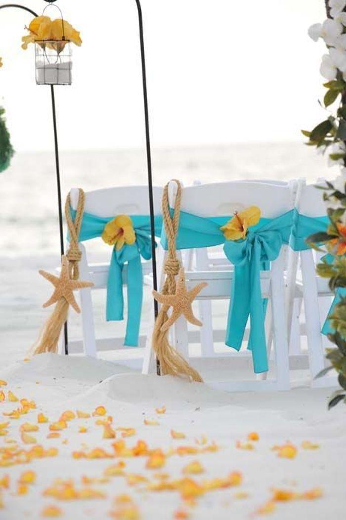 chaise de mariage toile de mer des chaises de mariage qui font r ver elle. Black Bedroom Furniture Sets. Home Design Ideas