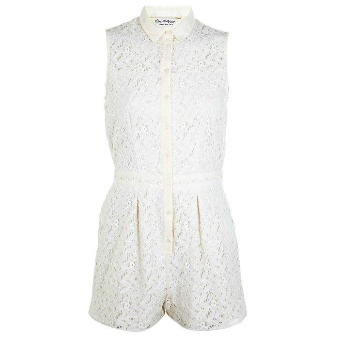 combinaison blanche miss selfridge 30 combinaisons blanches pour moderniser la robe de mari e. Black Bedroom Furniture Sets. Home Design Ideas