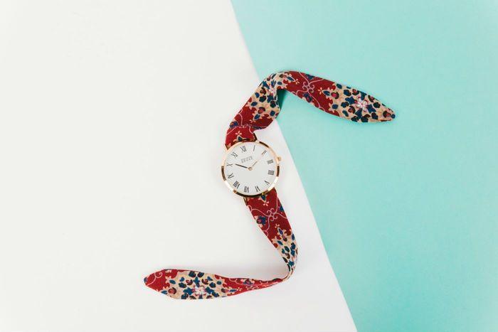 la montre en tissu de rich gone broke ces accessoires qu. Black Bedroom Furniture Sets. Home Design Ideas