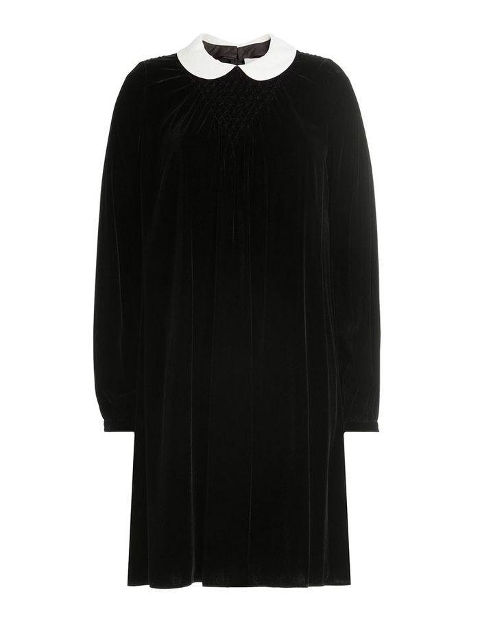 robe en velours noir col claudine 11 pi ces en velours pour commencer l automne en douceur. Black Bedroom Furniture Sets. Home Design Ideas